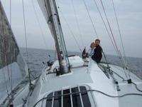 Jan und Silja auf dem Wasser